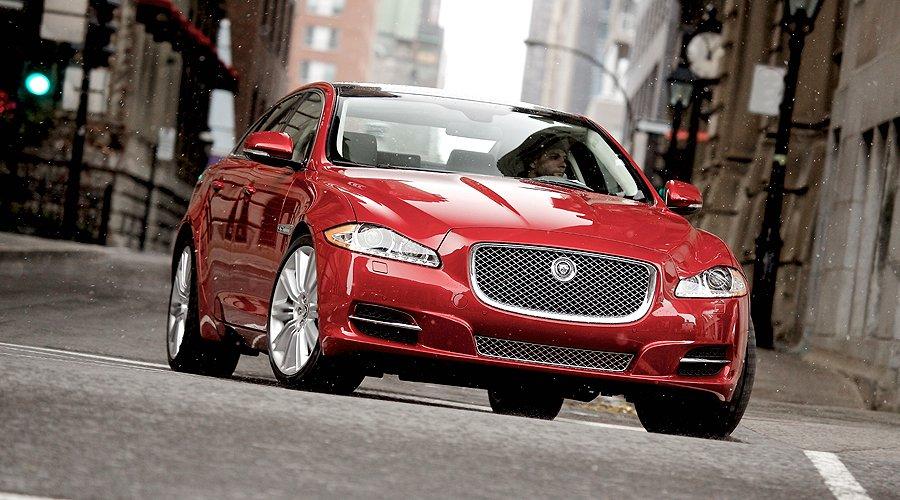 Jaguar XJ AWD: Auf allen vier Pfoten
