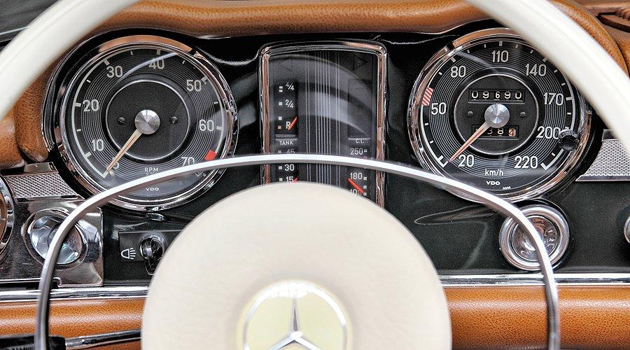 Mercedes-Benz SL 'Pagoda'