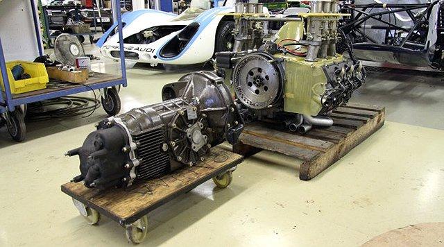 Aus der Mitte heraus: Restaurierung des Porsche 906 Daytona-Prototyps
