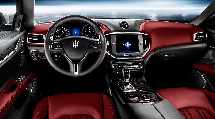 Der neue Maserati Ghibli: Kompakte Businessklasse mit Dieseloption