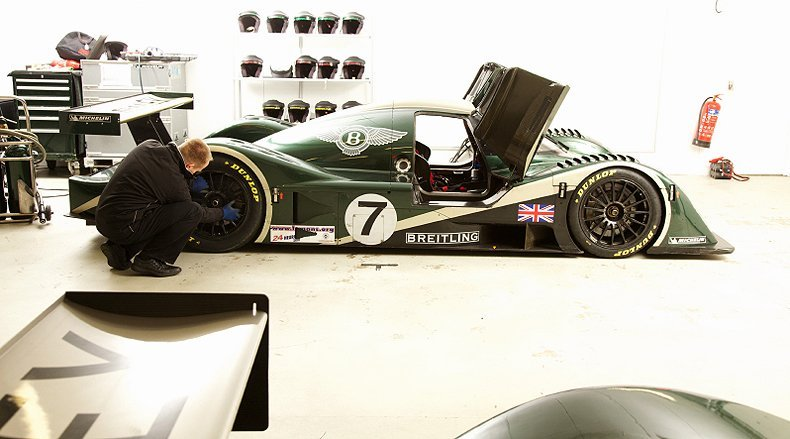 Bentley Speed 8: John Simister takes a ride in a Le Mans racer