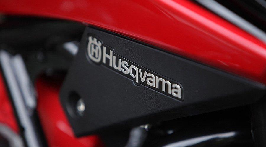 Ridden: Husqvarna Nuda 900R