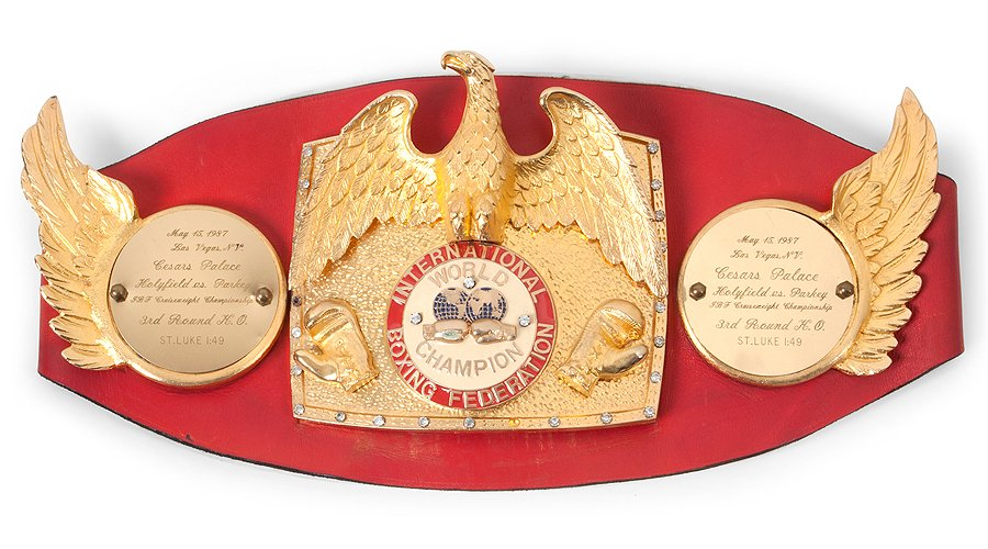 It's a Knockout! Boxing bling for sale