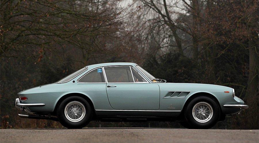 The 2013 Paris Rétromobile Week Auctions: Preview