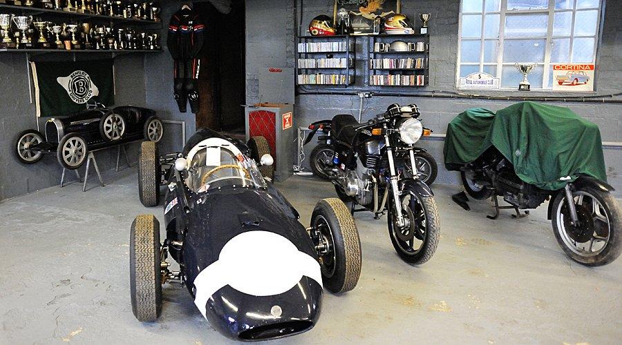 Unit 56: Larry Preston-Smith und die Lust am Motorrad