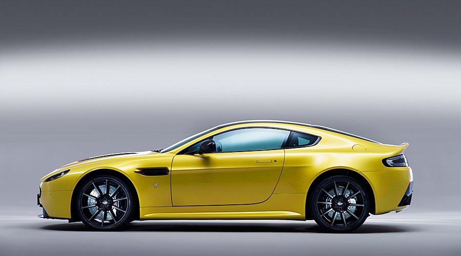 Aston Martin V12 Vantage S: Aston sharpens the shoehorn