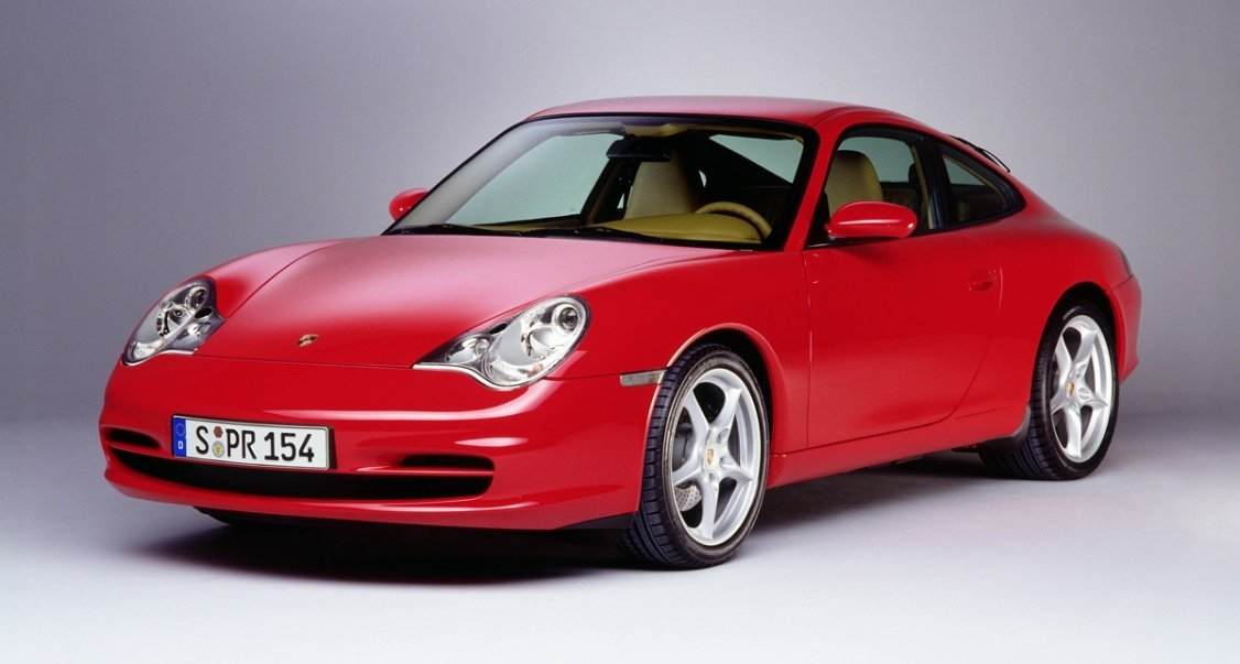 porsche 911 996 unloved with 175 000 sales classic driver magazine. Black Bedroom Furniture Sets. Home Design Ideas