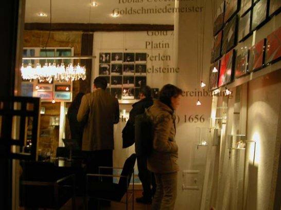 Nanette Schärf: Momente in Wachs
