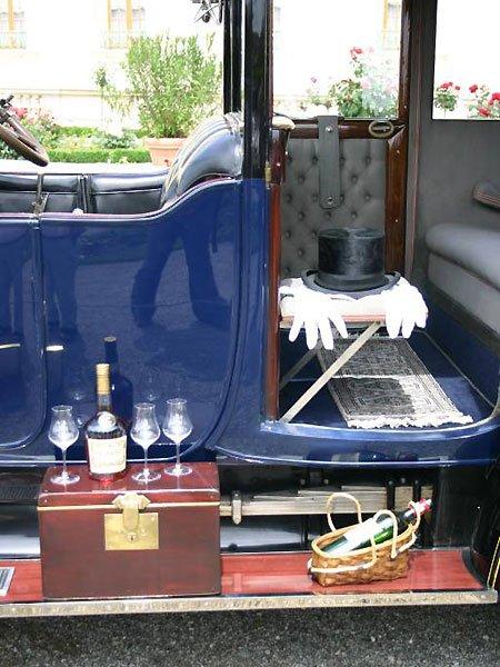 Automobile Nostalgie im Schlosspark hat Zukunft