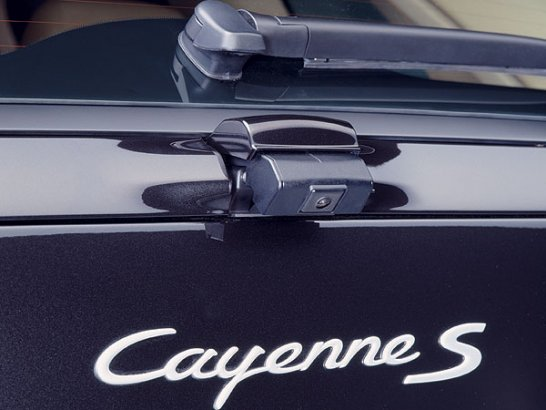 Cayenne now with extra power and new Panorama roof system