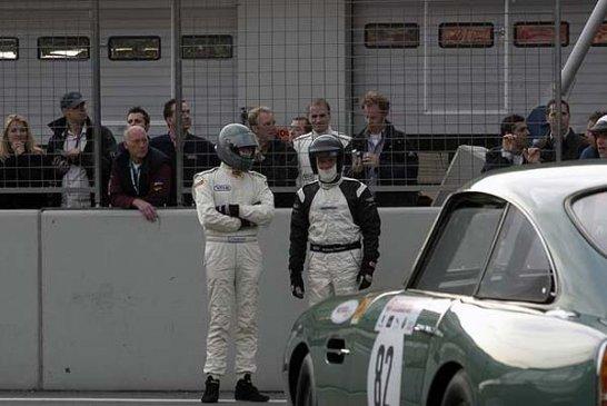 Fred, Barney und der Fairlane…