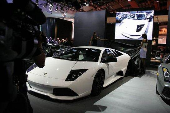 Lamborghini Murciélago LP640 Versace: Premiere in Paris