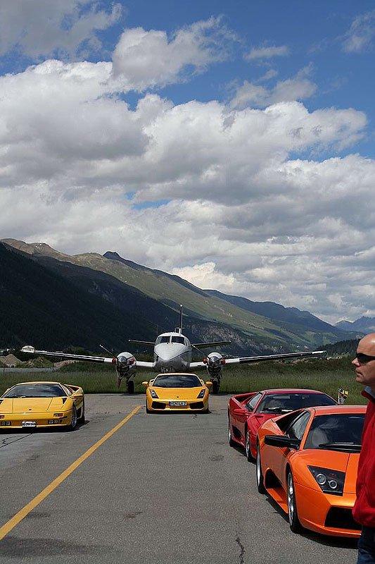 Lamborghini on the Rocks