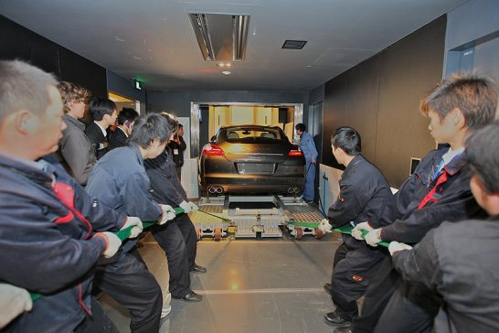 Porsche Panamera Launched at the Shanghai Auto Show