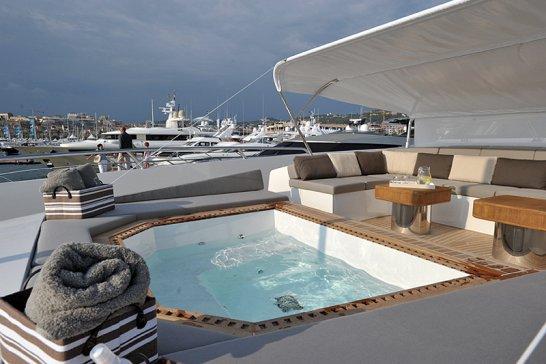 Cannes Boatshow 2010: Yachtschau der Superlative