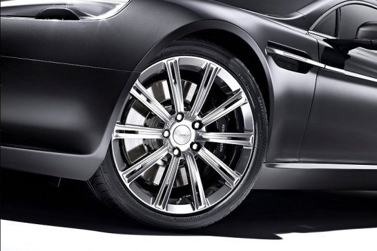 Aston Martin Rapide Luxe: Reisen deluxe