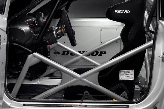 Mini Coupé Rennversion startet beim 24h-Rennen