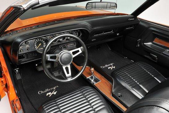 Editor's Choice: Dodge Challenger Hemi R/T Cabriolet