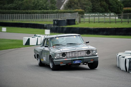 Video: Holman Moody Ford Fairlane in Goodwood