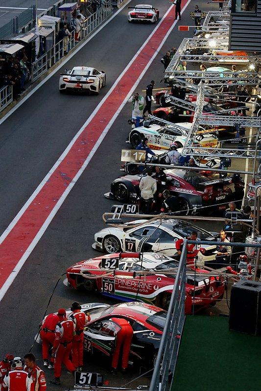 Blancpain Endurance Series: Rasender Supercar-Showroom