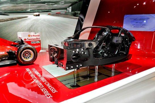 Neues Ferrari-Chassis kündigt Enzo-Nachfolger mit Hybridantrieb an