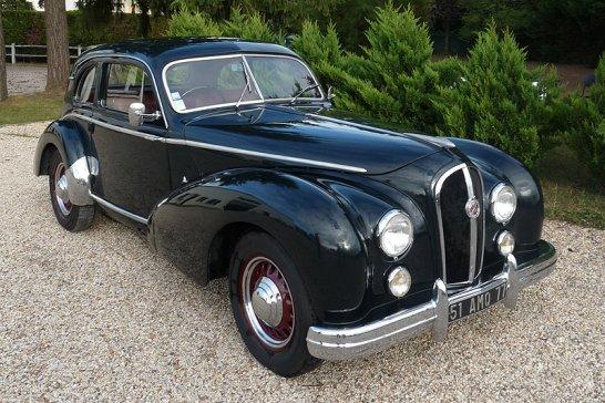 Osenat Fontainebleau: French Classics von Citroën bis Hotchkiss