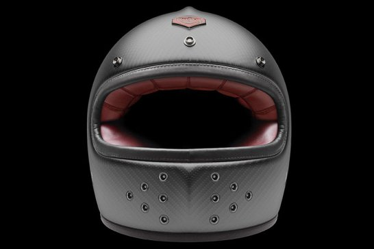 The Ruby Castel Helmet: For cool-headed riders