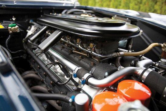 Ferrari 275 GTB/4: Straight off the track