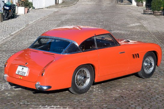 Pegaso Z-102 Coupé and Spyder: A perfect pair