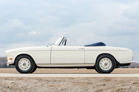 Buy your ticket to Goodwood or Pebble Beach at RM's Villa Erba sale