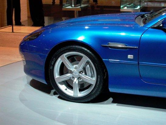 Aston Martin DB7GT: Premiere in Birmingham