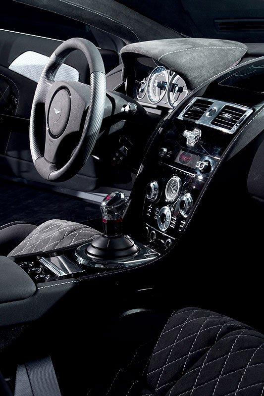 Aston Martin DBS - the latest photographs