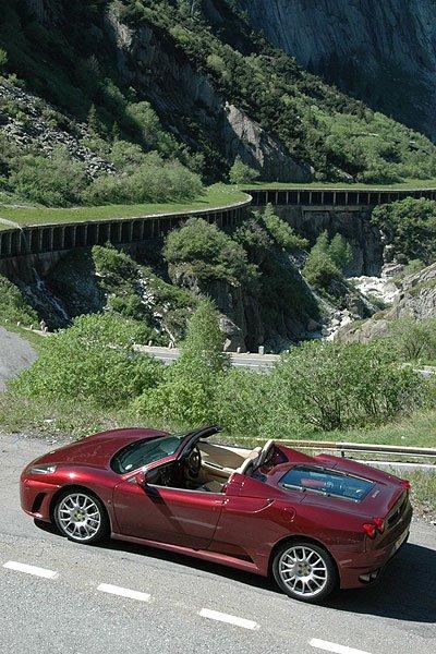 Living in the Red – Ferrari F430 Spider