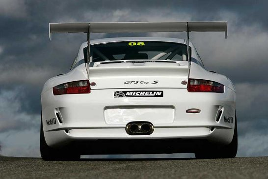 Porsche Reveals 440bhp 911 for GT3