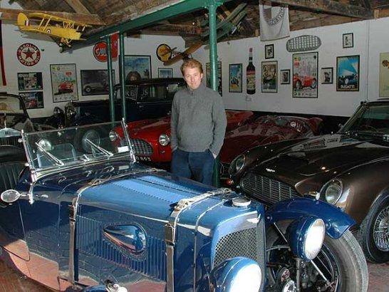 Classic Driver Dealer: Martin Chisholm