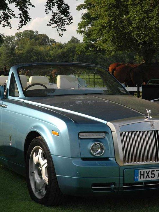Rolls-Royce Phantom Drophead: A Very British Coupé