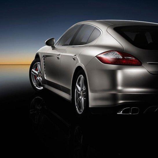 Porsche Panamera: Design Analysis