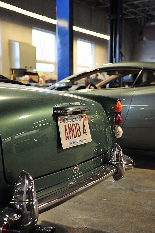 Classic Driver Dealer: Aston Martin New England & Lotus Motorsports Inc.