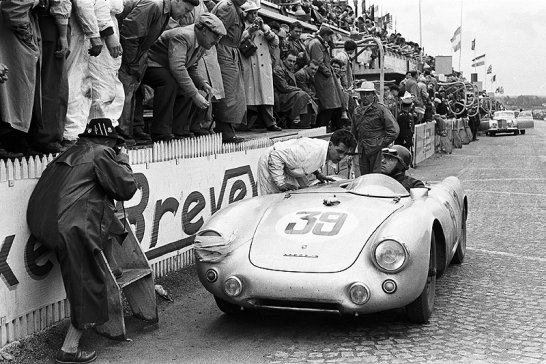 Book review: 'Porsche by Mailander'