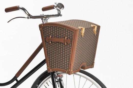 Moynat Bicycle Trunk: Gourmet on the go