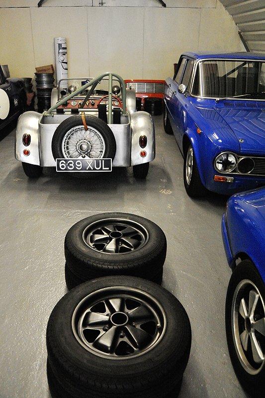 Robert Barrie Limited: Kompetenz von Lotus bis Porsche 911