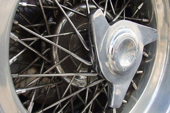 """Ferrari GTS/4 """"Daytona"""" Spider: Für echte Kerle, nicht für Boulevard-Cruiser"""