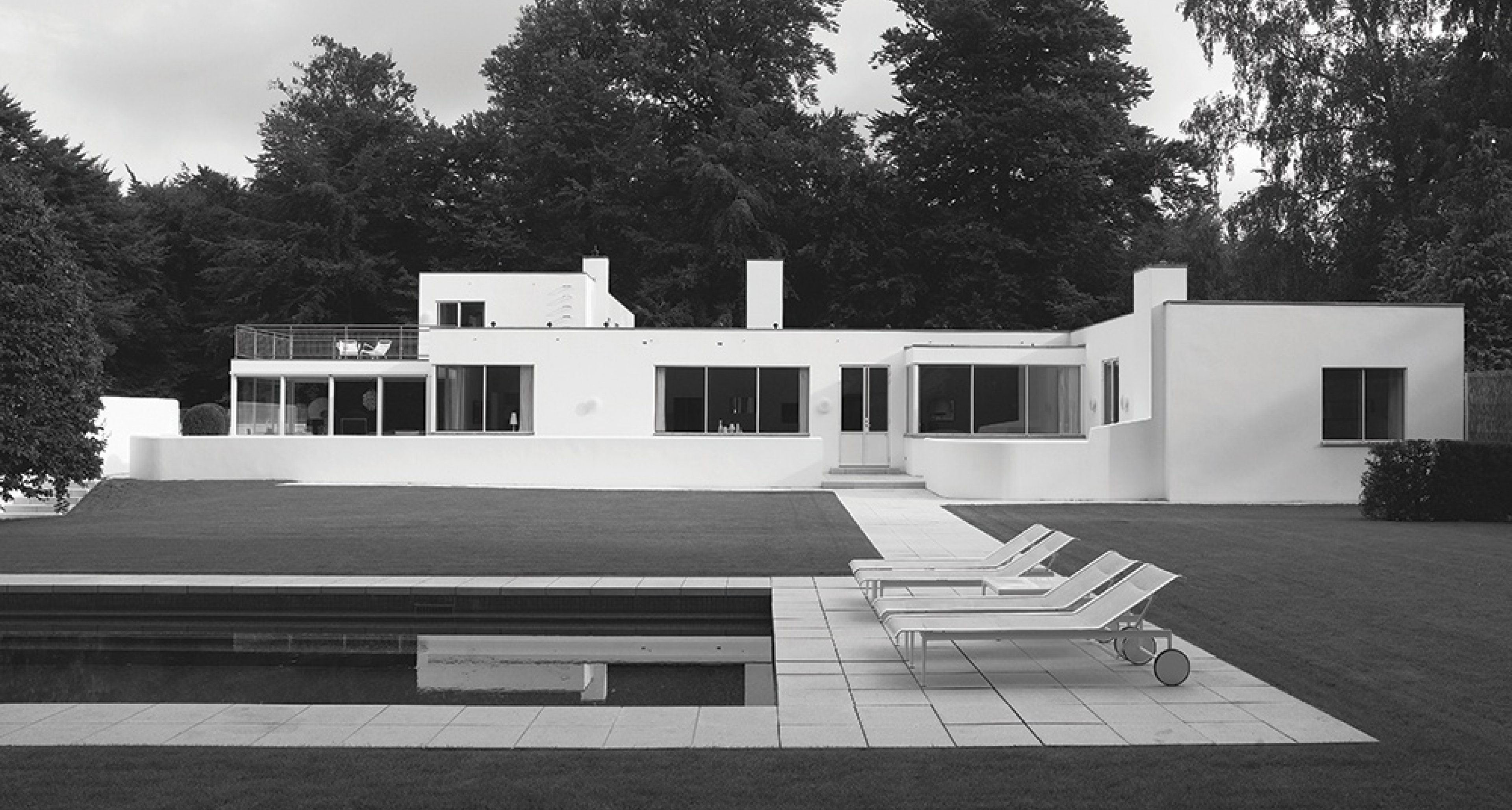 Arne Jacobsen: Rothenborg House, Klampenborg, Denmark, 1931. Picture credit: Richard Powers