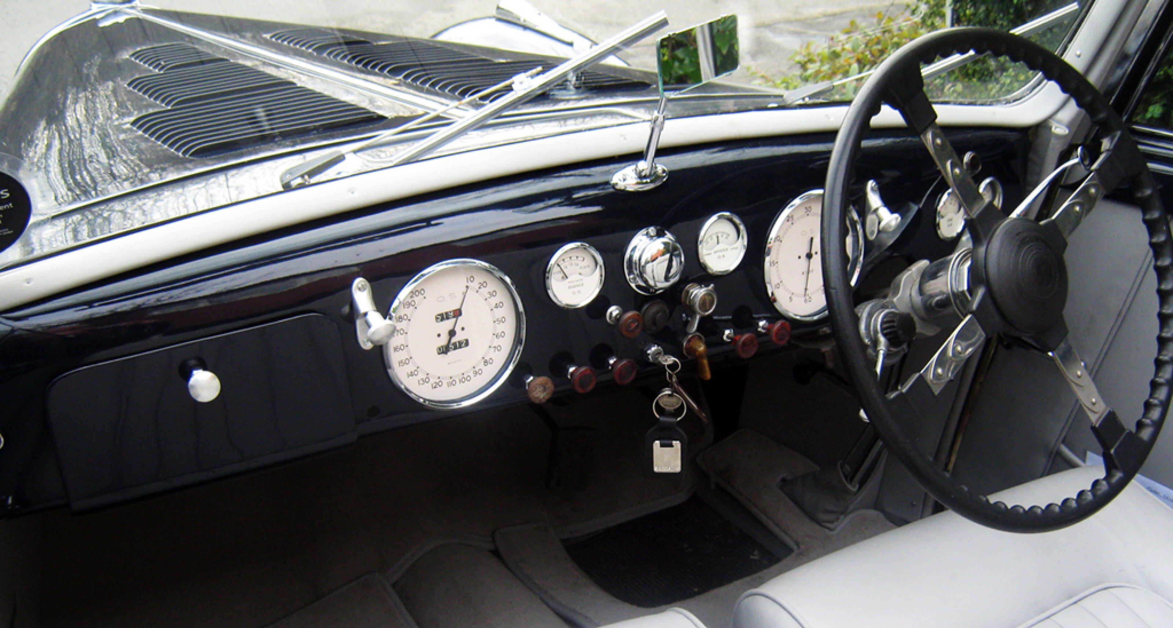 Historics at Brooklands versteigert Talbot Lago T26 Record Cabriolet