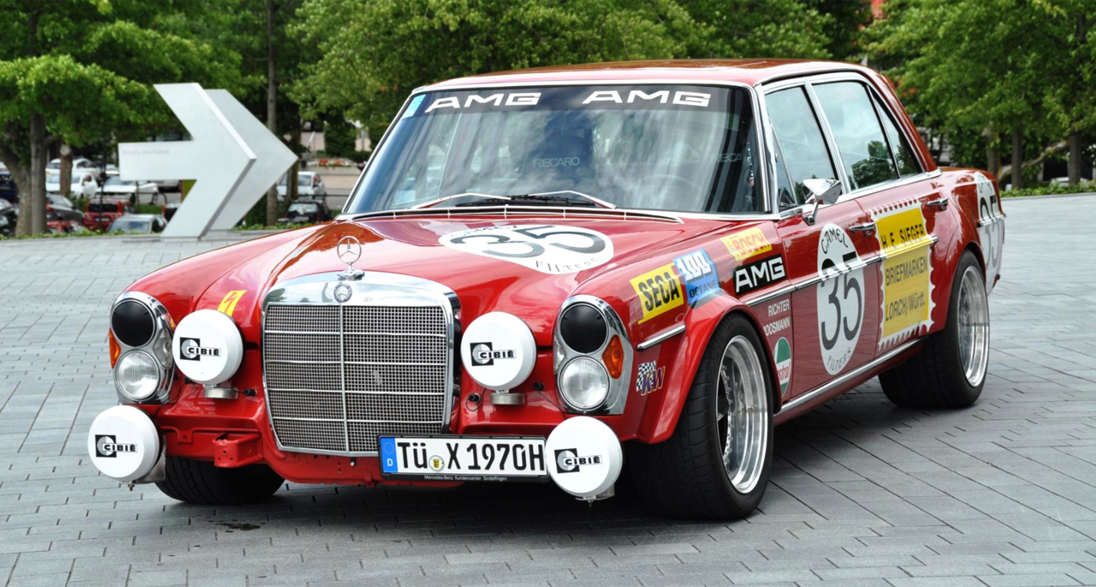 Lot 40: 1970 Mercedes-Benz 300SEL 6.3 'Rote Sau' Replica Saloon (€ 160,000 - 210,000)
