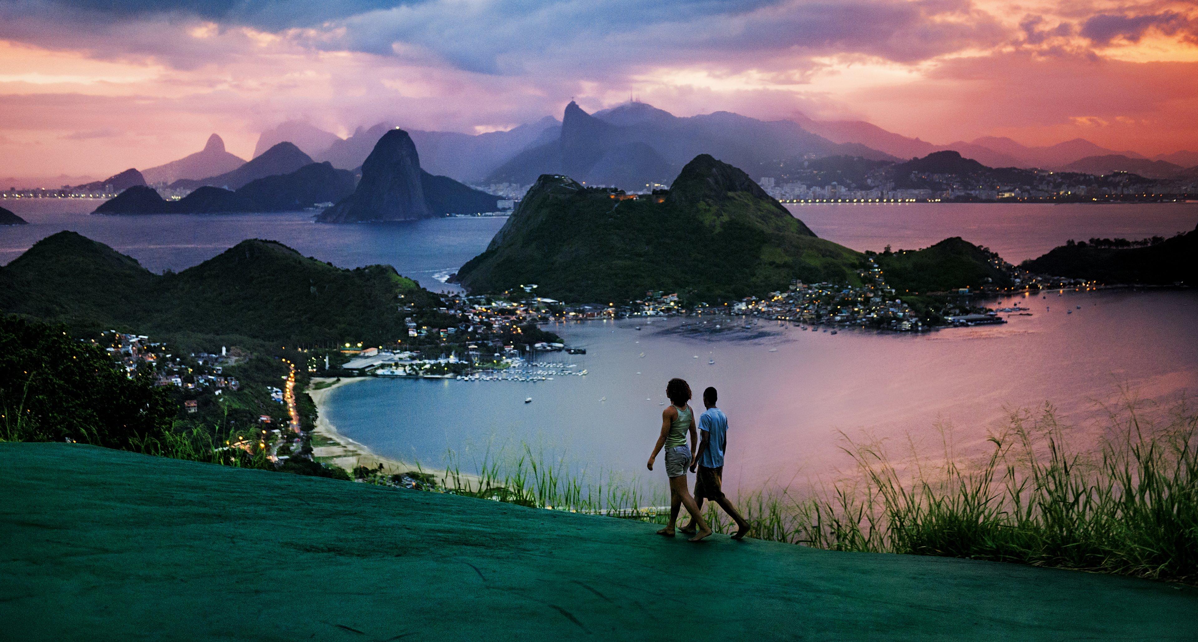 Pirelli Calendar 2013: Steve McCurry in Rio de Janeiro