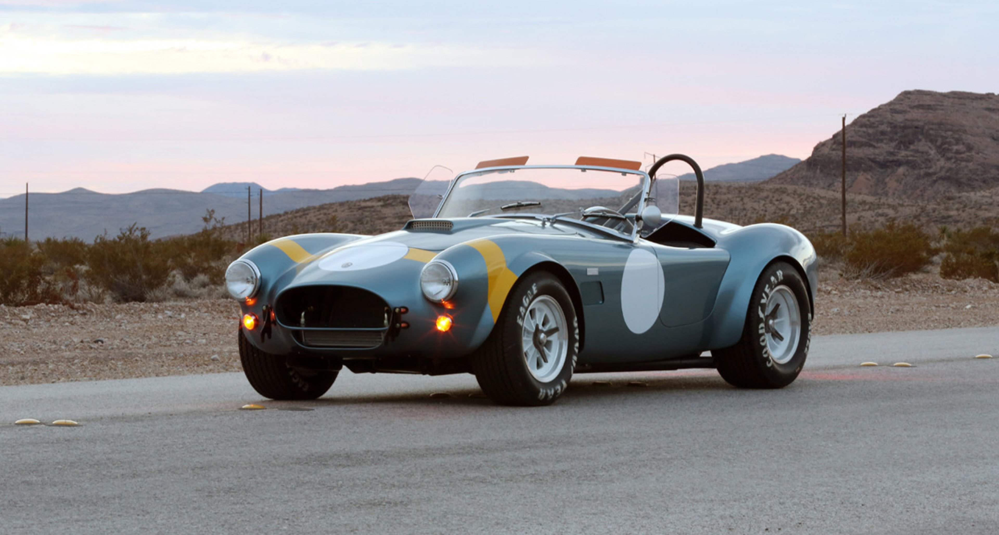 50th Anniversary FIA Shelby Cobra 289