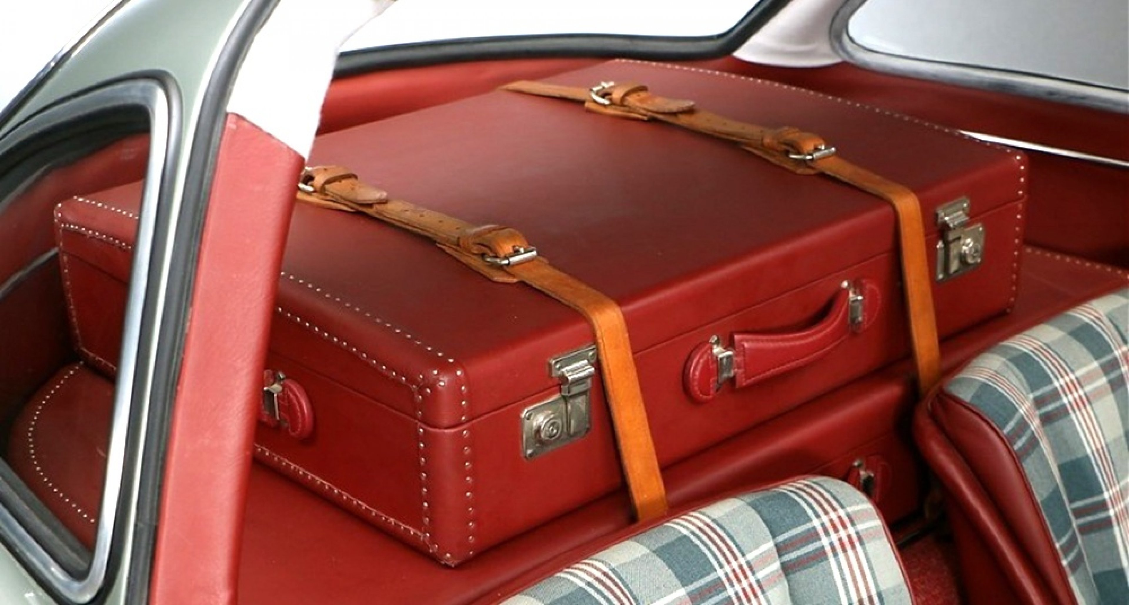 a0e6680d10ba What's a dream car without matching travel luggage? | Classic Driver ...