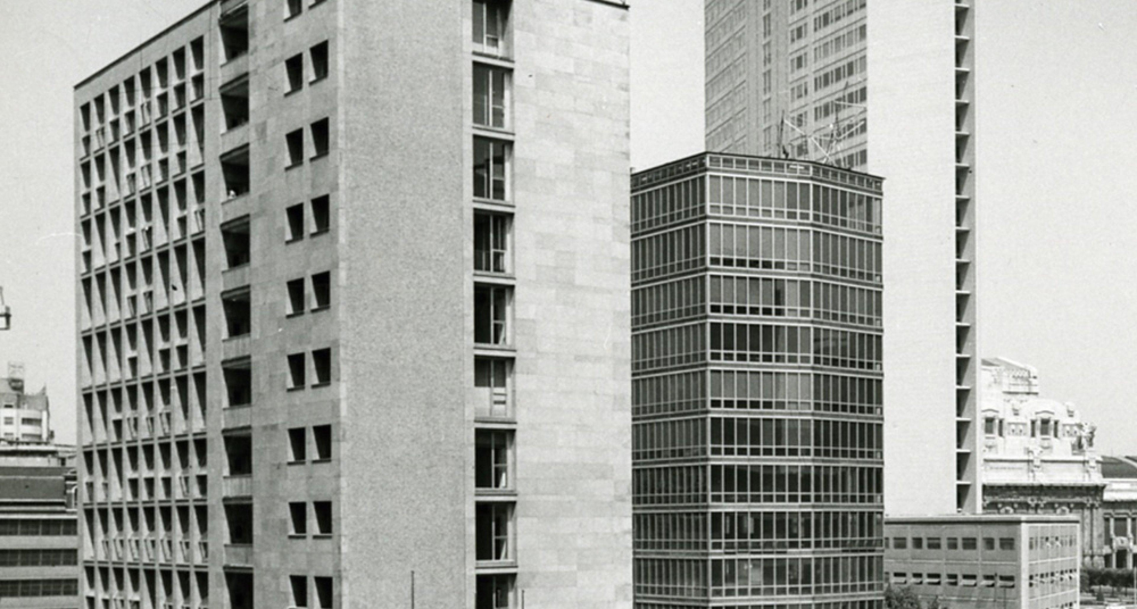 Pirelli Tower — Milan 1960 © Paolo Monti, Milano, 1965