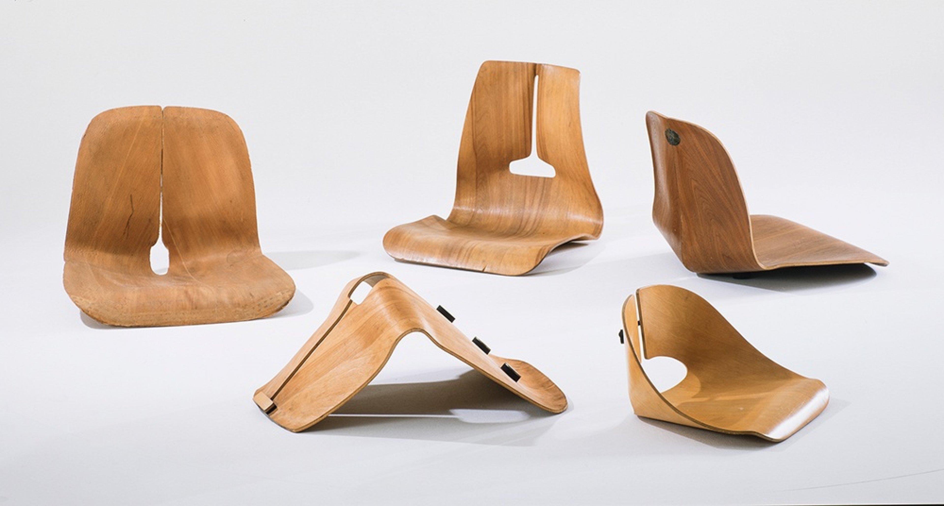 Experimentelle Sitzschalen aus verformten, schichtverleimten Sperrholz, 1941/1945 © Vitra Design Museum, Foto: Thomas Dix